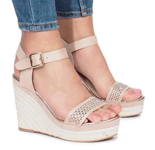 c3e03c9dd8fff0 Beżowe sandały na koturnie Move On | Obuwie Gemre online