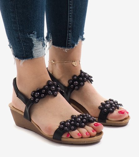 23e156e517d1ff ... Czarne sandały na koturnie kwiatki 399-21 Kliknij, aby powiększyć ...