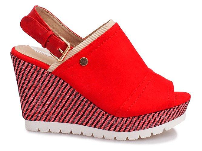 b4722008 ... Czerwone sandały na koturnie Holi Kliknij, aby powiększyć ...