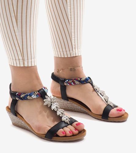 6953e43f Kliknij, aby powiększyć; Czarne sandały na koturnie z gumką B133-1